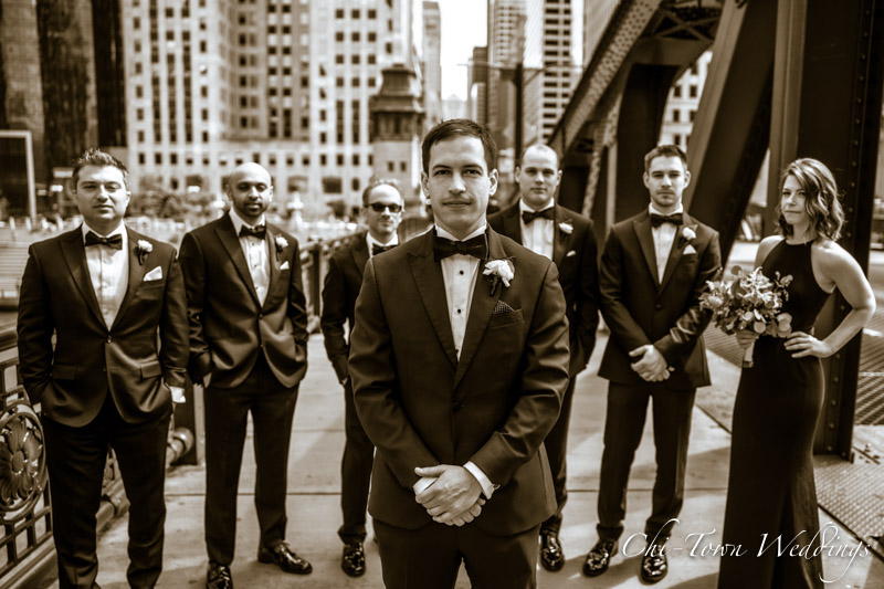 www.Chi-Town-Weddings.com Groosmen lasalle st Chicago