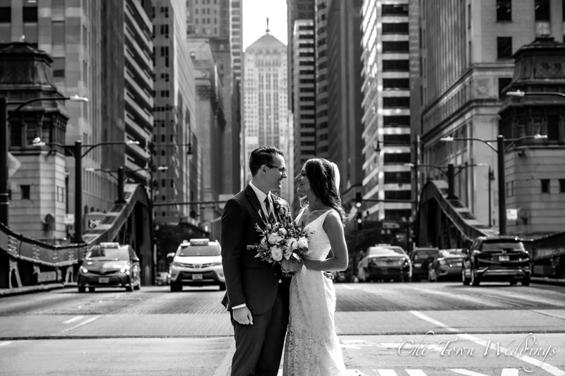 www.Chi-Town-Weddings.com Bride and Groom lasalle St